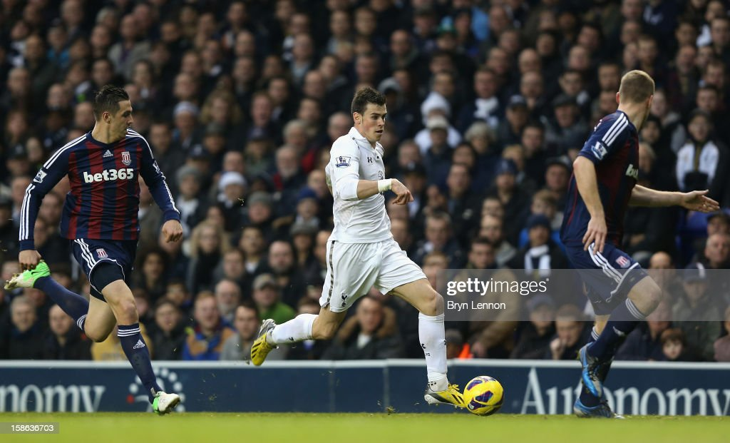 Gareth Bale of Tottenham Hotspur runs with the ball during the Barclays Premier League match between Tottenham Hotspur and Stoke City at White Hart Lane on December 22, 2012 in London, England.