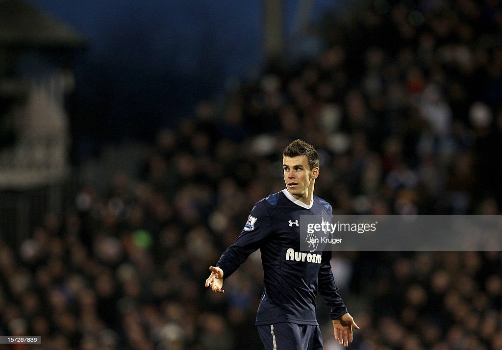 <a gi-track='captionPersonalityLinkClicked' href=/galleries/search?phrase=Gareth+Bale&family=editorial&specificpeople=609290 ng-click='$event.stopPropagation()'>Gareth Bale</a> of Tottenham reacts during the Barclays Premier League match between Fulham and Tottenham Hotspur at Craven Cottage on December 1, 2012 in London, England.
