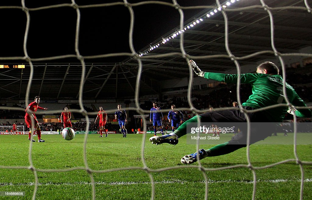 Gareth Bale of Wales scores the opening goal from the penalty spot past goalkeeper Stipe Pletikosa of Croatia during the FIFA 2014 World Cup qualifier between Wales and Croatia at The Liberty Stadium on March 26, 2013 in Swansea, Wales.