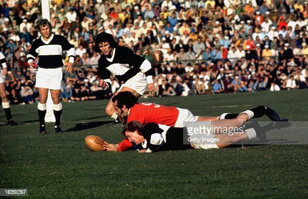 Gareth Edwards of the British Lions scores a try against Natal during the Rugby Lions tour of South Africa South Africa Mandatory Credit Allsport UK...