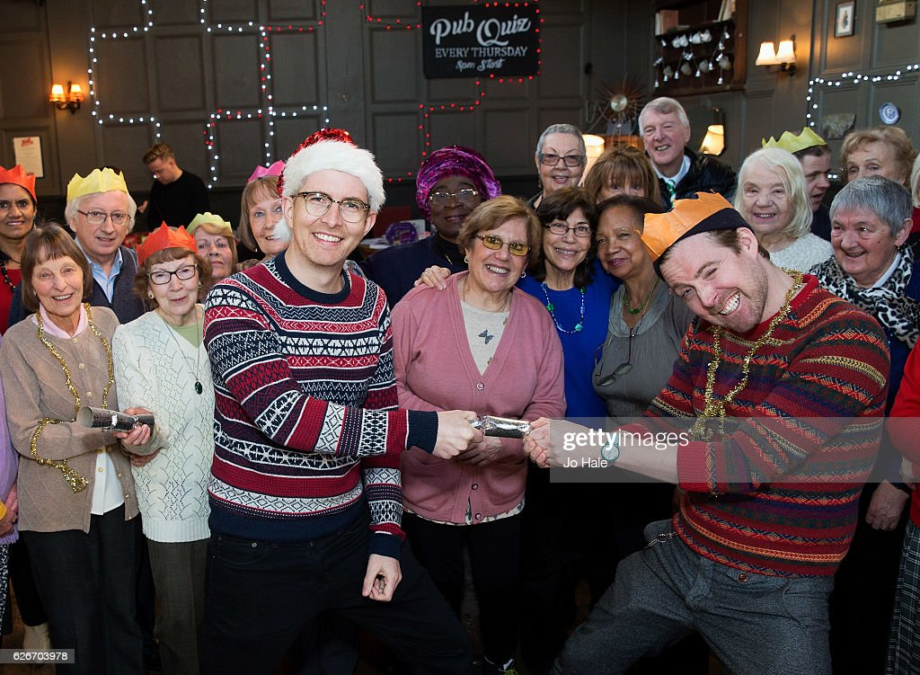 Gareth Malone Performs An Impromptu Carol Sing-A-Long At An Age UK Event