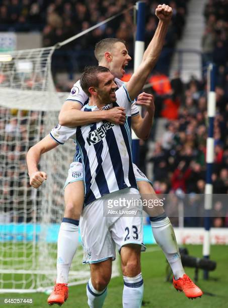 Gareth McAuley of West Bromwich Albion celebrates scoring his sides first goal with his West Bromwich Albion team mates during the Premier League...