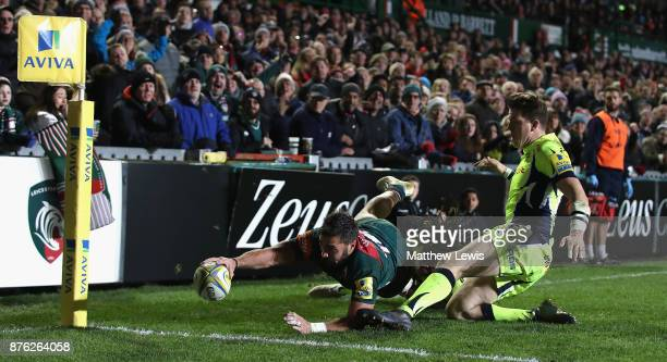 Gareth Owen of Leicester Tigers scores a try during the Aviva Premiership match between Leicester Tigers and Sale Sharks at Welford Road on November...