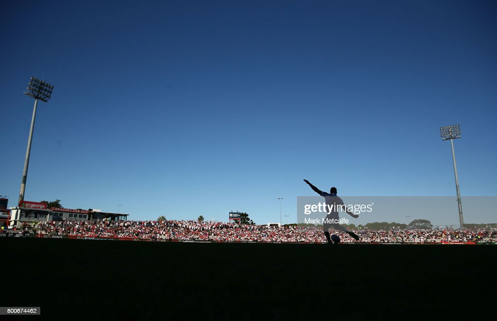 Gareth Widdop of the Dragons kicks a conversion during the round 16 NRL match between the St George Illawarra Dragons and the Newcastle Knights at UOW Jubilee Oval on June 25, 2017 in Sydney, Australia.