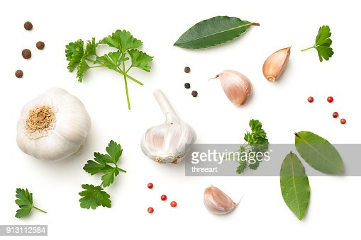 Garlic, Bay Leaves, Parsley, Allspice, Pepper Isolated on White Background : Foto de stock