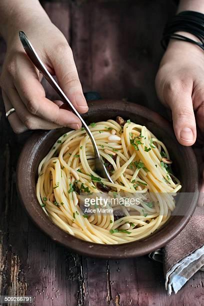 Garlic, oil and chilli