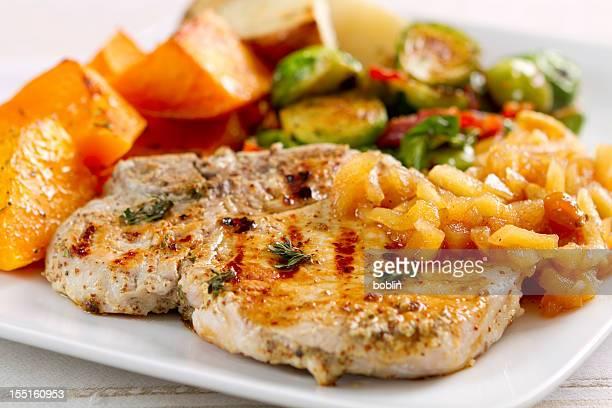 Garlic-herbed Pork Chops with Applesauce