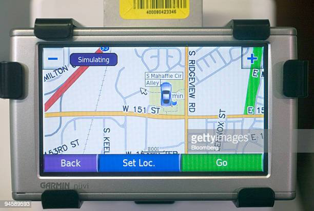 A Garmin Gps Device Displays Navteq Software At A Best Buy S