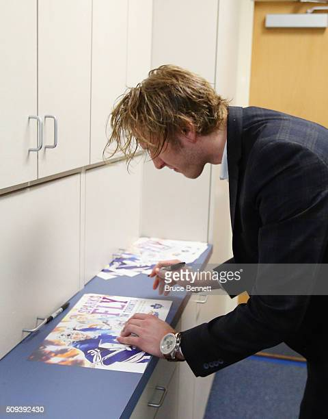 Garret Sparks of the Orlando Solar Bears signs autographs after practice on February 10 2016 at the RDV Sportsplex in Orlando Florida