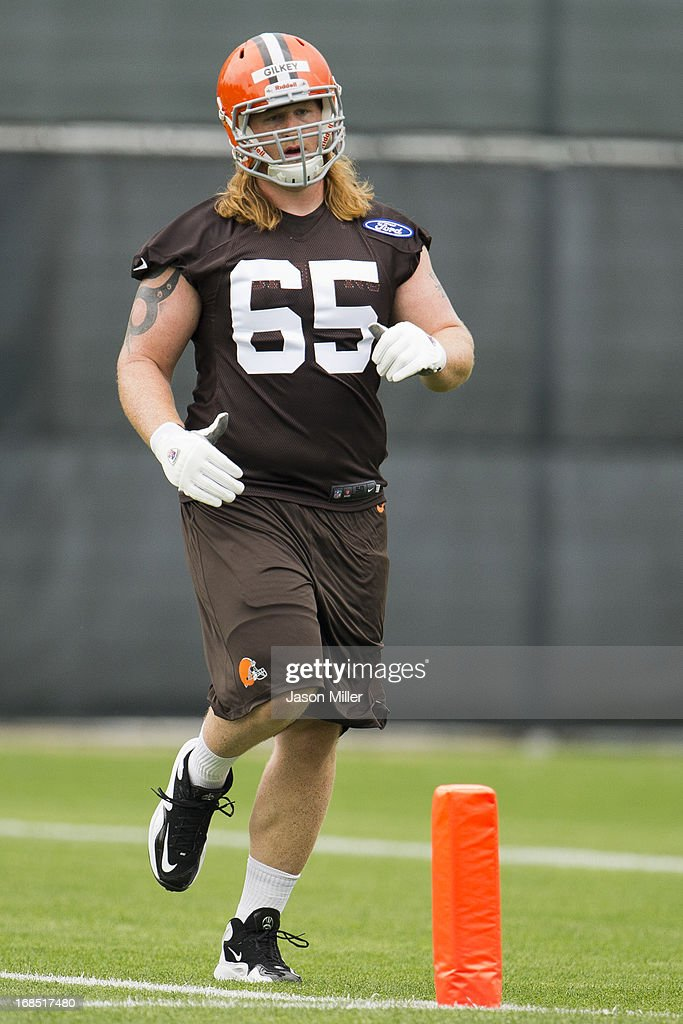 Garrett Gilkey #65 of the Cleveland Browns runs drills during rookie camp at the Cleveland Browns Training facility on May 10, 2013 in Cleveland, Ohio.