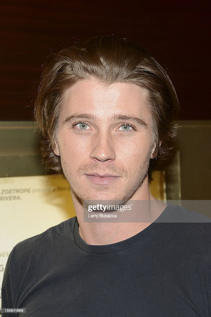 <a gi-track='captionPersonalityLinkClicked' href=/galleries/search?phrase=Garrett+Hedlund&family=editorial&specificpeople=2290407 ng-click='$event.stopPropagation()'>Garrett Hedlund</a> attends 'On The Road' New York Screening on November 8, 2012 in New York, United States.