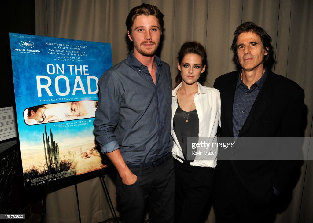 <a gi-track='captionPersonalityLinkClicked' href=/galleries/search?phrase=Garrett+Hedlund&family=editorial&specificpeople=2290407 ng-click='$event.stopPropagation()'>Garrett Hedlund</a>, <a gi-track='captionPersonalityLinkClicked' href=/galleries/search?phrase=Kristen+Stewart&family=editorial&specificpeople=2166264 ng-click='$event.stopPropagation()'>Kristen Stewart</a> and director <a gi-track='captionPersonalityLinkClicked' href=/galleries/search?phrase=Walter+Salles&family=editorial&specificpeople=213053 ng-click='$event.stopPropagation()'>Walter Salles</a> attend 'On The Road' New York Screening at Disney Park Avenue on September 10, 2012 in New York City.
