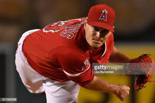 Garrett Richards of the Los Angeles Angels of Anaheim pitches against the Texas Rangers at Angel Stadium of Anaheim on April 9 2016 in Anaheim...