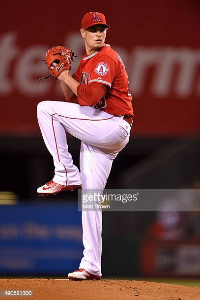 Garrett Richards of the Los Angeles Angels of Anaheim pitches during the first inning of the game against the Seattle Mariners at Angel Stadium of...