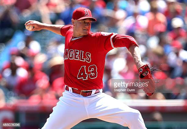 Garrett Richards of the Los Angeles Angels of Anaheim throws a pitch aganst the Toronto Blue Jays at Angel Stadium of Anaheim on August 23 2015 in...