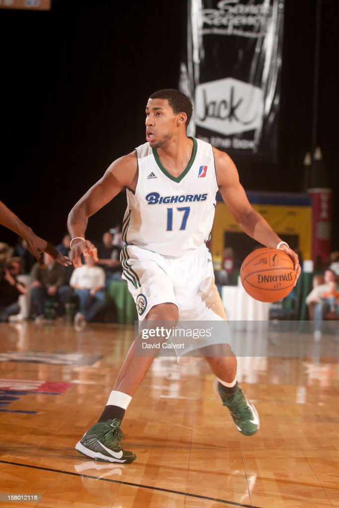 <a gi-track='captionPersonalityLinkClicked' href=/galleries/search?phrase=Garrett+Temple&family=editorial&specificpeople=709398 ng-click='$event.stopPropagation()'>Garrett Temple</a> #17 of the Reno Bighorns dribbles up court against the Bakersfield Jam on December 7, 2012 at the Reno Events Center in Reno, Nev..