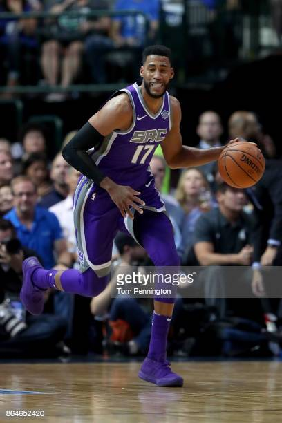 Garrett Temple of the Sacramento Kings dribbles the ball down court against the Dallas Mavericks at American Airlines Center on October 20 2017 in...