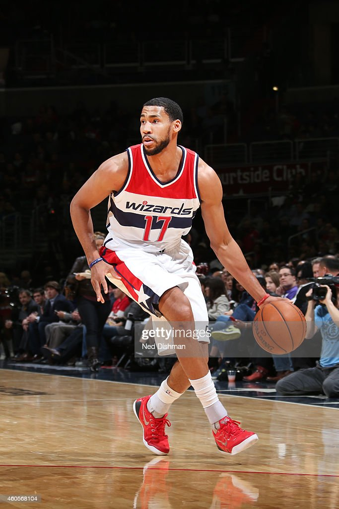 Garrett Temple of the Washington Wizards drives to the basket against the Minnesota Timberwolvesduring the game on December 16 2014 at Verizon...