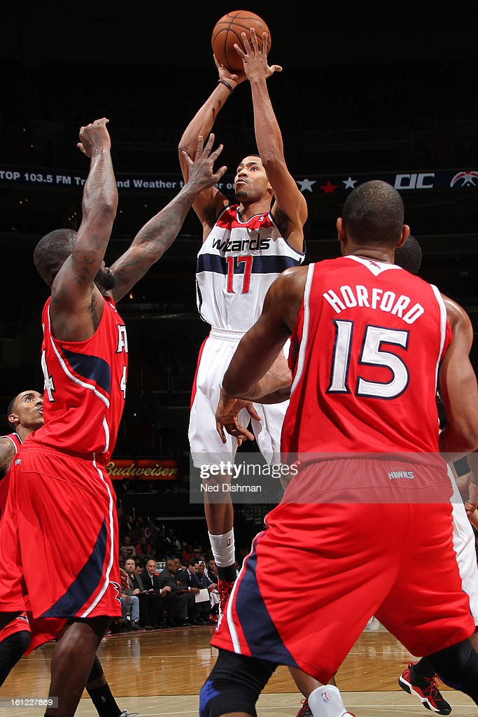 Garrett Temple #17 of the Washington Wizards goes up for a shot against the Atlanta Hawks during the game at the Verizon Center on January 12, 2013 in Washington, DC.