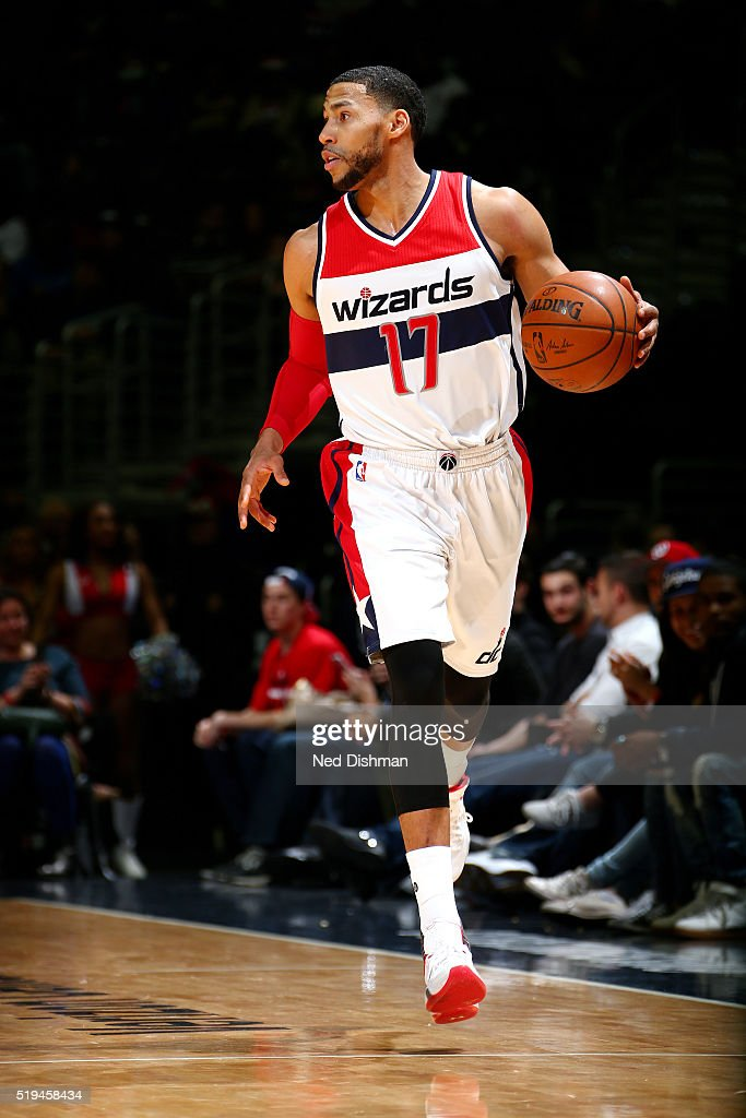 Garrett Temple of the Washington Wizards handles the ball during the game against the Brooklyn Nets on April 6 2016 at Verizon Center in Washington...