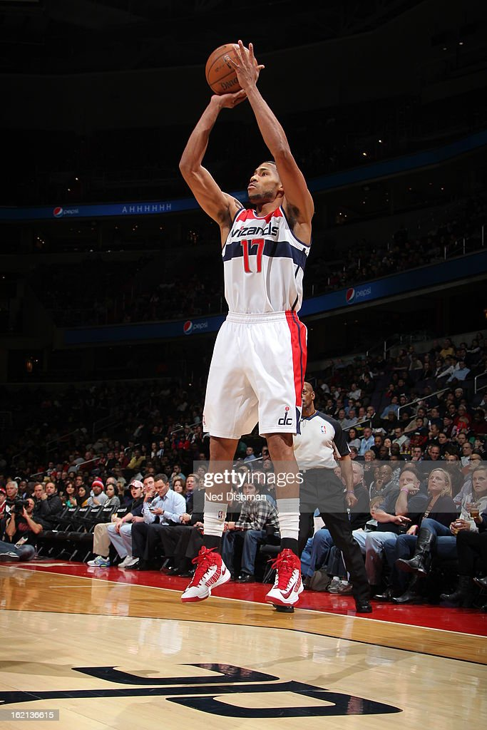 <a gi-track='captionPersonalityLinkClicked' href=/galleries/search?phrase=Garrett+Temple&family=editorial&specificpeople=709398 ng-click='$event.stopPropagation()'>Garrett Temple</a> #17 of the Washington Wizards shoots against the Los Angeles Clippers on February 4, 2013 at the Verizon Center in Washington, DC.