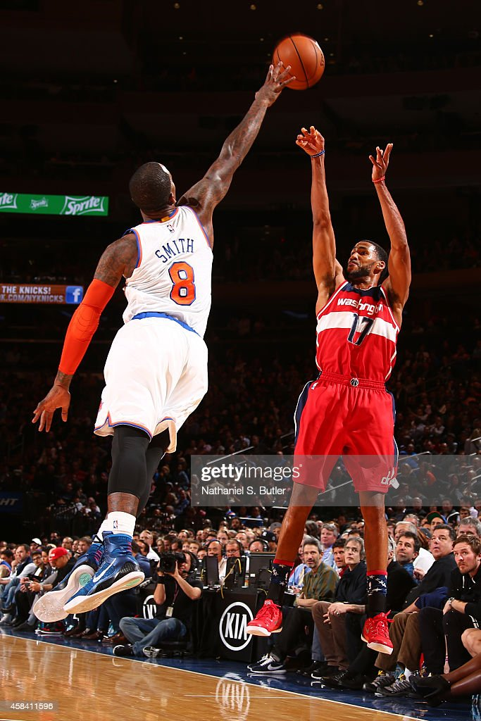Garrett Temple of the Washington Wizards shoots the ball against the New York Knicks during a game at Madison Square Garden in New York City New York...