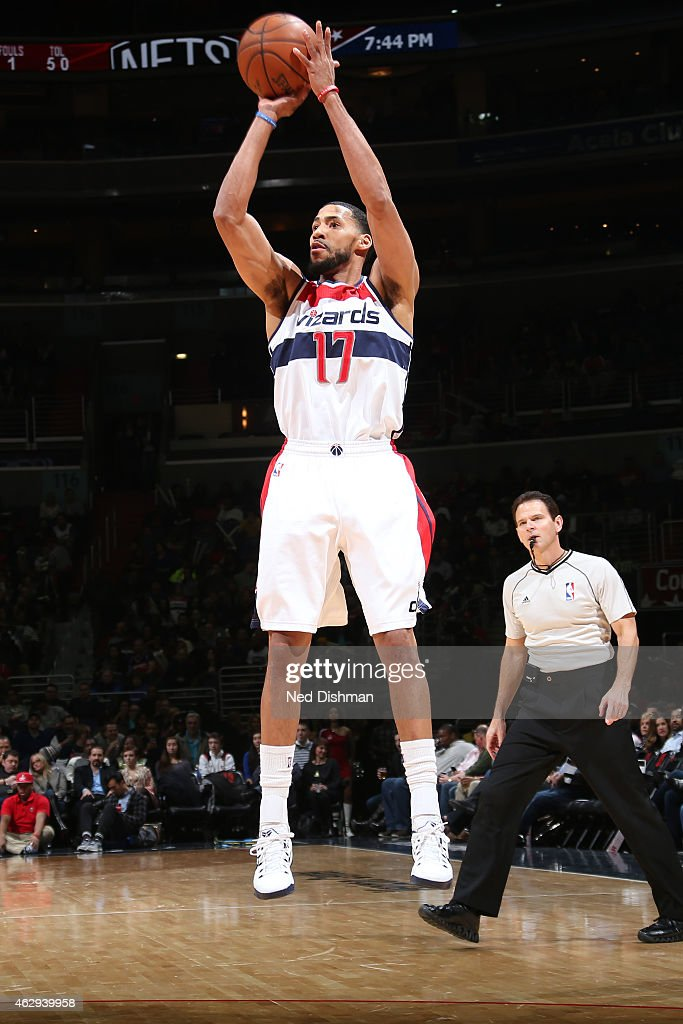 Garrett Temple of the Washington Wizards shoots the ball against the Brooklyn Nets during the game on February 7 2015 at Verizon Center in Washington...