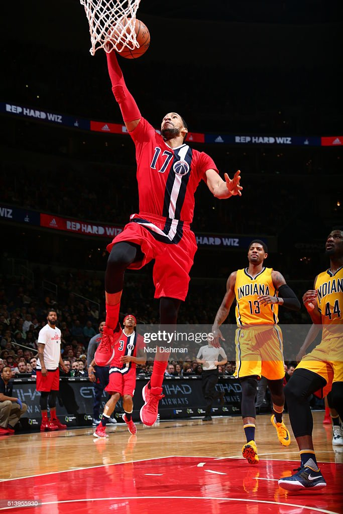 Garrett Temple of the Washington Wizards shoots the ball against the Indiana Pacers on March 5 2016 at Verizon Center in Washington DC NOTE TO USER...
