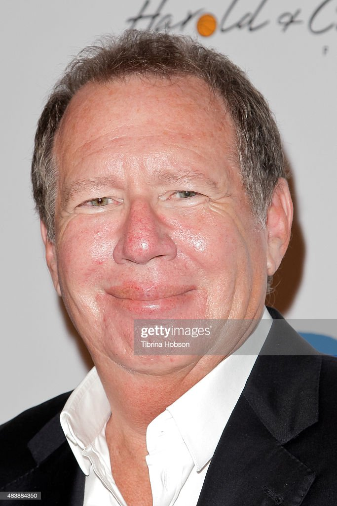 <a gi-track='captionPersonalityLinkClicked' href=/galleries/search?phrase=Garry+Shandling&family=editorial&specificpeople=220833 ng-click='$event.stopPropagation()'>Garry Shandling</a> attends the 15th annual Harold and Carole Pump Foundation gala at the Hyatt Regency Century Plaza on August 7, 2015 in Los Angeles, California.