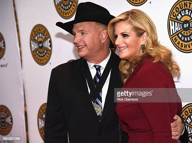 Trisha martin stock photos and pictures getty images for Garth brooks trisha yearwood songs