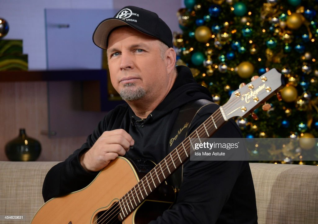AMERICA - Garth Brooks announced his upcoming tour, on GOOD MORNING AMERICA, 12/9/13, airing on the ABC Television Network. (Photo by Ida Mae Astute/ABC via Getty Images) GARTH