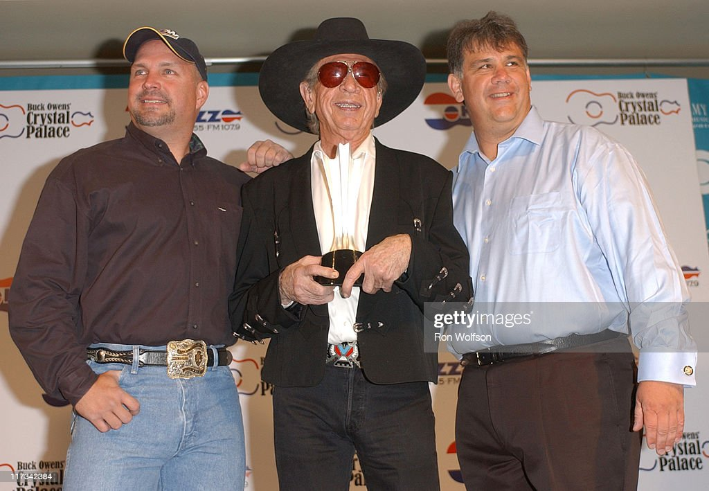 40th Annual Academy of Country Music Awards - Buck Owens Announces Legends in