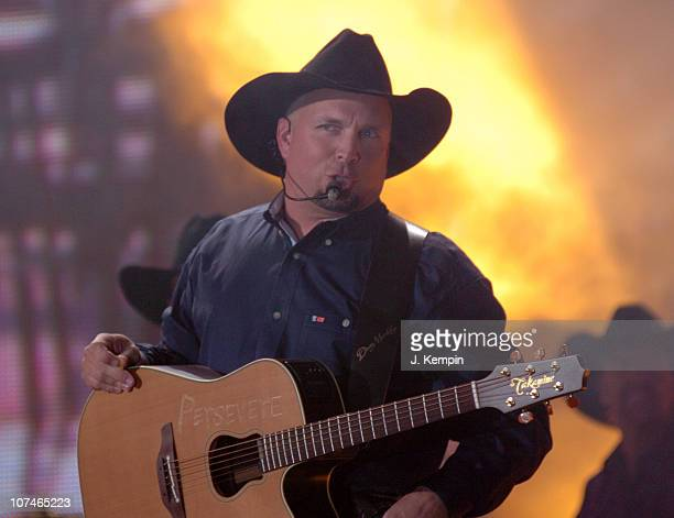 Garth Brooks performs 'Good Ride Cowboy' during The 39th Annual CMA Awards Garth Brooks Performs in Times Square at Times Square in New York City New...