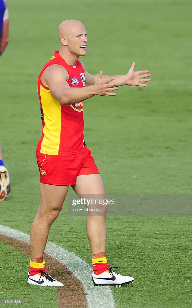<a gi-track='captionPersonalityLinkClicked' href=/galleries/search?phrase=Gary+Ablett&family=editorial&specificpeople=206196 ng-click='$event.stopPropagation()'>Gary Ablett</a> of the Suns gestures to an umpire during the round two AFL NAB Cup match between the Gold Coast Suns and the North Melbourne Kangaroos at Tony Ireland Stadium on March 2, 2013 in Townsville, Australia.
