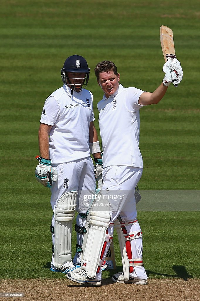 Gary Ballance (R) of England raises his bat after reaching his 150 alongside Ian Bell during day two of the 3rd Investec Test match between England and India at the Ageas Bowl on July 28, 2014 in Southampton, England.
