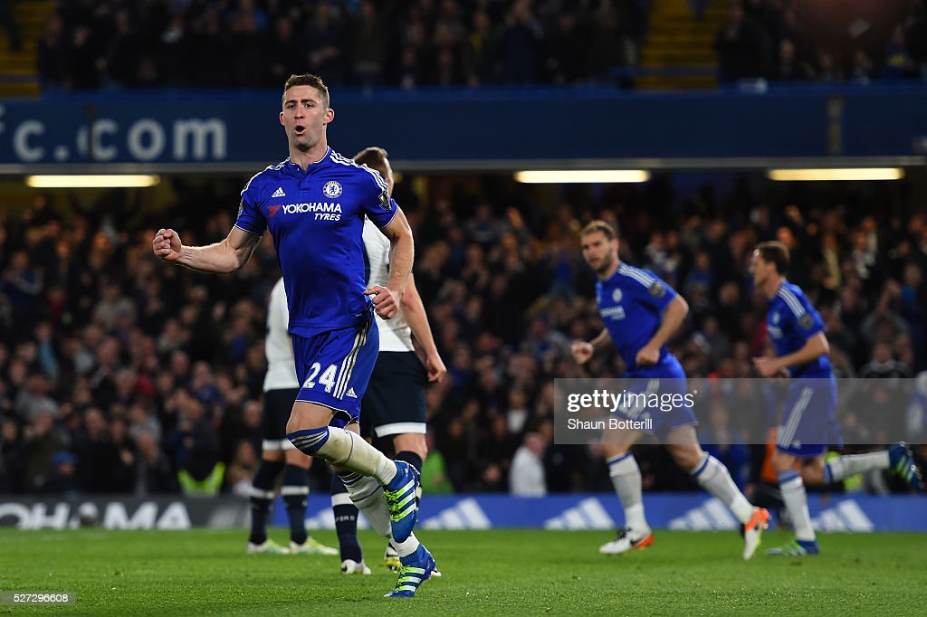 <a gi-track='captionPersonalityLinkClicked' href=/galleries/search?phrase=Gary+Cahill&family=editorial&specificpeople=204341 ng-click='$event.stopPropagation()'>Gary Cahill</a> of Chelsea celebrates after scoring his team's first goal during the Barclays Premier League match between Chelsea and Tottenham Hotspur at Stamford Bridge on May 02, 2016 in London, England.jd
