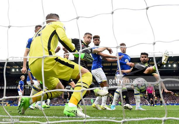 Gary Cahill of Chelsea scores the second goal during the Premier League match between Everton and Chelsea at Goodison Park on April 30 2017 in...