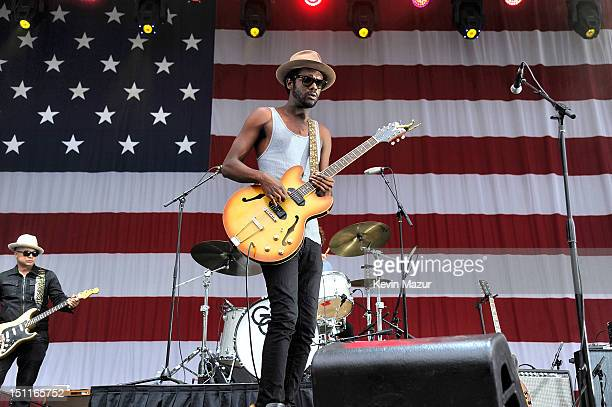 Gary Clark Jr performs during Budweiser Made In America Festival Benefiting The United Way Day 2 at Benjamin Franklin Parkway on September 2 2012 in...