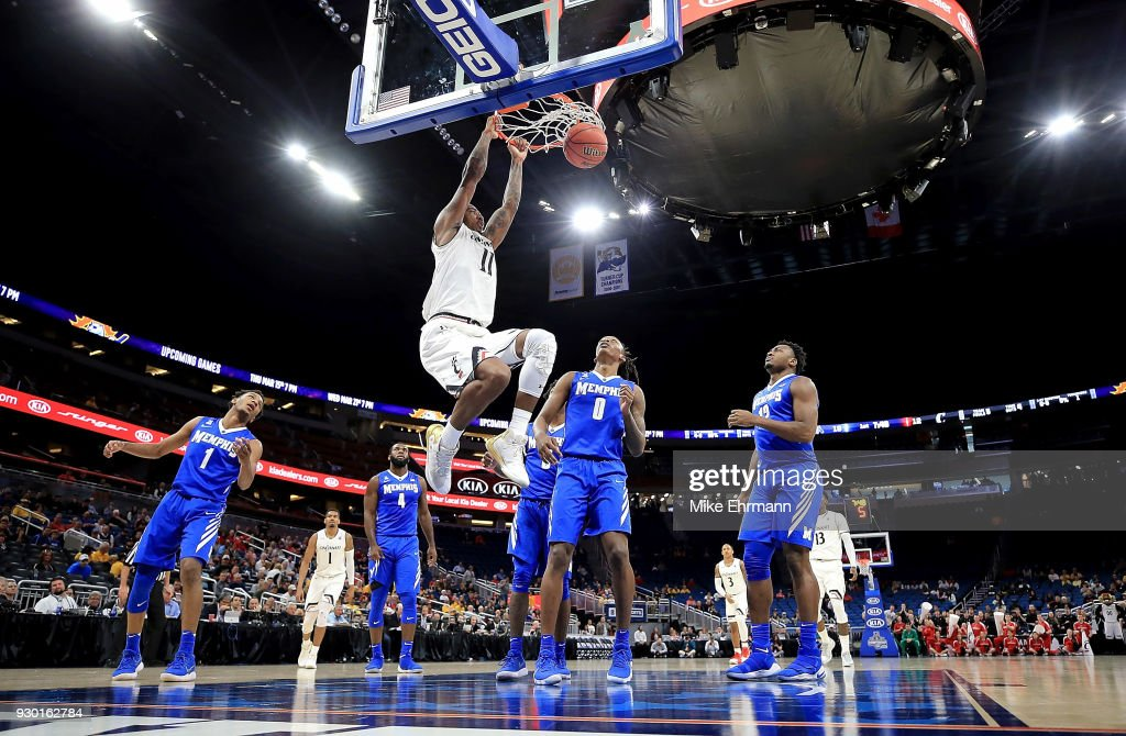 Gary Clark #11 of the Cincinnati Bearcats dunks during a semifinal game of the 2018 AAC Basketball Championship against the Memphis Tigers at Amway Center on March 10, 2018 in Orlando, Florida.