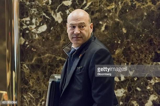 Gary Cohn US Presidentelect Donald Trump's choice for director of the National Economic Council arrives in the lobby of Trump Tower in New York US on...