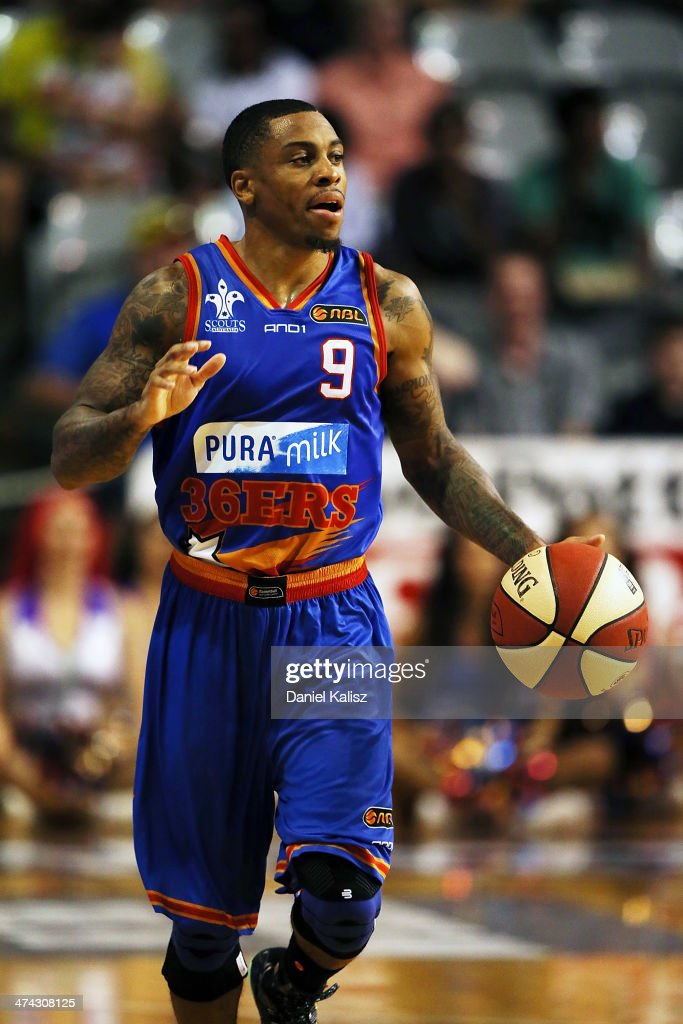 Gary Ervin of the Sixers drives the ball during the round 19 NBL match between the Adelaide 36ers and the New Zealand Breakers at Adelaide Arena in February 23, 2014 in Adelaide, Australia.