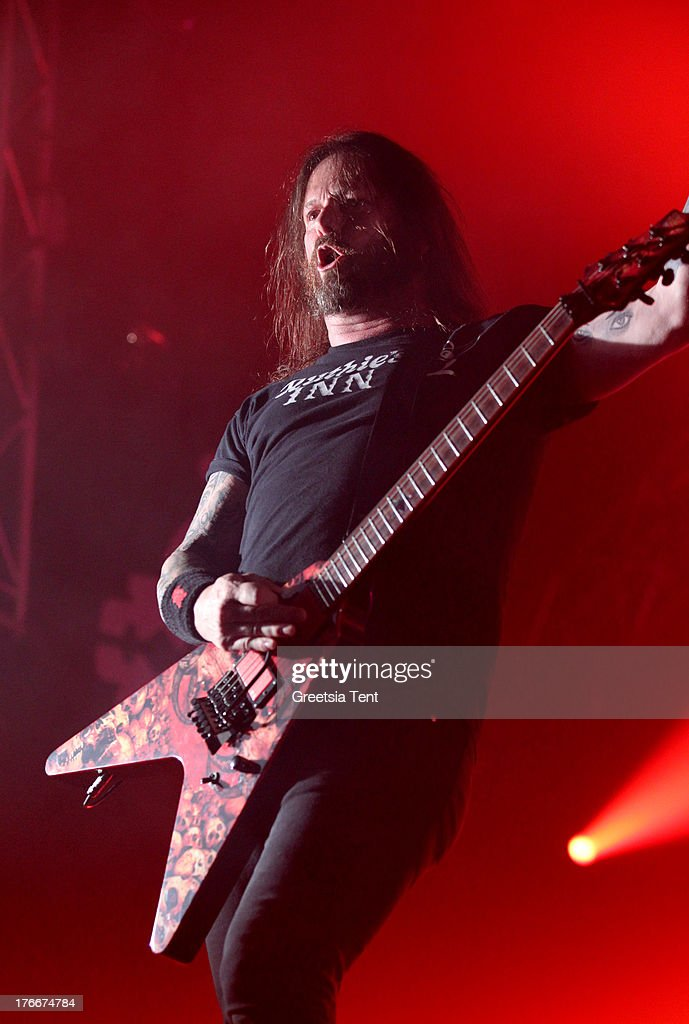<a gi-track='captionPersonalityLinkClicked' href=/galleries/search?phrase=Gary+Holt+-+Musician&family=editorial&specificpeople=15005307 ng-click='$event.stopPropagation()'>Gary Holt</a> of Slayer performs at day one of the Lowlands Festival on August 16, 2013 in Biddinghuizen, Netherlands.