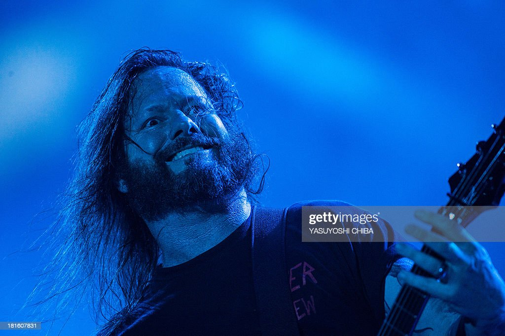 Gary Holt of US thrash metal band Slayer performs during the final day of the Rock in Rio music festival in Rio de Janeiro, Brazil, on September 22, 2013. AFP PHOTO / YASUYOSHI CHIBA