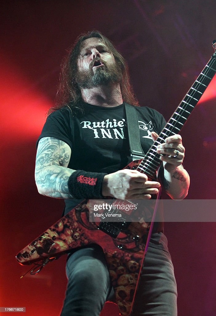 <a gi-track='captionPersonalityLinkClicked' href=/galleries/search?phrase=Gary+Holt+-+Musician&family=editorial&specificpeople=15005307 ng-click='$event.stopPropagation()'>Gary Holt</a> performs with Slayer at day 1 of the Lowlands Festival on August 16, 2013 in Biddinghuizen, Netherlands.