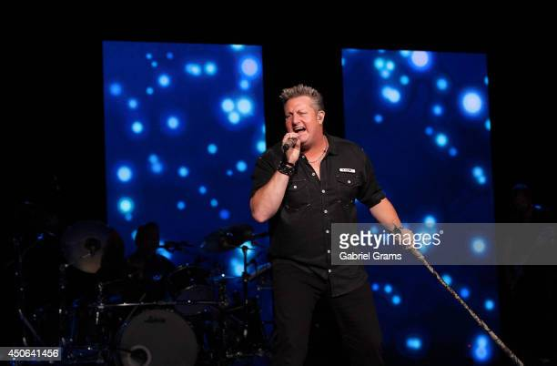 Gary LeVox of Rascal Flatts performs in concert at Tinley Park on June 14 2014 in Chicago Illinois