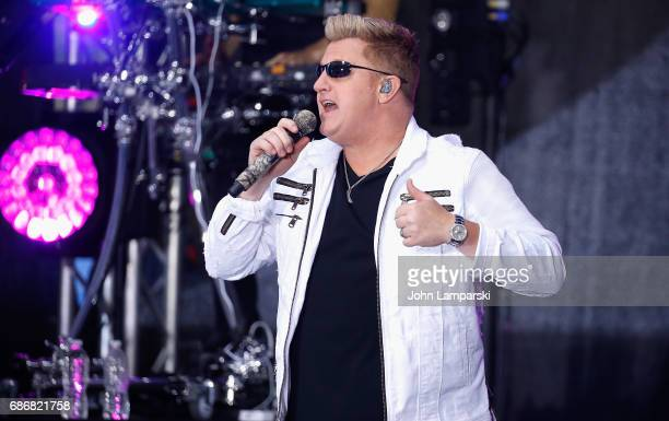 Gary LeVox of Rascal Flatts performs on NBC's 'Today' at Rockefeller Plaza on May 22 2017 in New York City