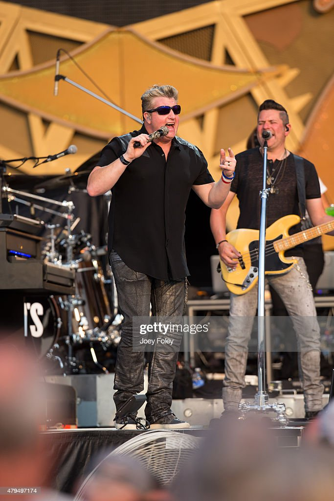 Gary LeVox of Rascal Flatts performs onstage on July 4, 2015 in Indianapolis, Indiana.