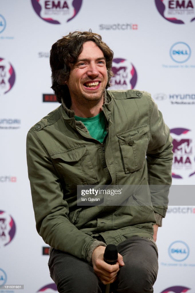 <a gi-track='captionPersonalityLinkClicked' href=/galleries/search?phrase=Gary+Lightbody&family=editorial&specificpeople=227230 ng-click='$event.stopPropagation()'>Gary Lightbody</a> of Snow Patrol attends a MTV Europe Music Awards 2011 press conference at Odyssey Arena on November 5, 2011 in Belfast, Northern Ireland.