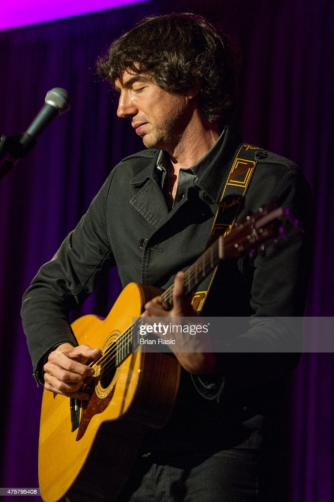 Gary Lightbody of Snow Patrol performing during Amnesty International UK celebrate 10th anniversary of headquaters on June 3, 2015 in London, England.