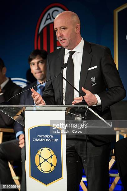 Gary McAllister of Liverpool FC addresses the crowd which including legends Mauro Tassotti of AC Milan Emilio Butragueno of Real Madrid Youri...